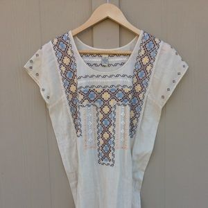 Lucky Brand Embroidered Top / Tunic NWOT 🦋